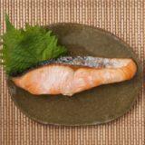 焼き鮭に合うおかずは?副菜や献立に工夫して夜ご飯で食べよう!