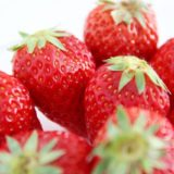 いちごの冷蔵・冷凍保存方法と保存期間!ピンク色の変色を防ぐ方法!